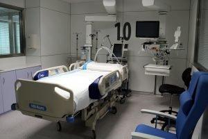 nous boxs de la UCI de l'Hospital Universitari Arnau de Vilanova de Lleida