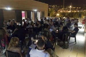 Nit de poesia i vins al Centre Cívic El Gorg