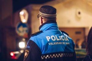 Detinguts a Vilassar de Mar, tres joves que feien botelló