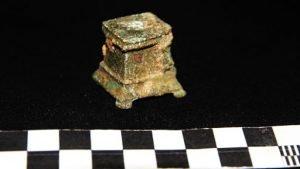 Troben un templet per al culte domèstic al celler romà de Vallmora