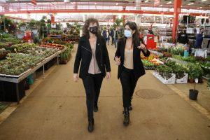 El Govern llança per primer cop una campanya per fomentar el consum de flor i planta