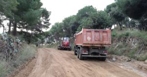 Finalitzen els treballs de manteniment dels camins forestals del coll de Safiguera a Canet de Mar