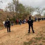La Guàrdia Urbana de Badalona desmantella un pícnic il•legal al voltant del camp de futbol Vidal i Barraquer