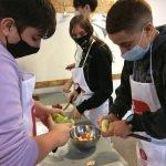 """Aquest maig, la Diputació de Barcelona organitza 25 tallers de """"Cuina sense pares"""" a 11 municipis"""