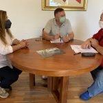 L'Ajuntament i l'Associació de la Gent Gran de Sant Vicenç de Montalt signen un conveni de col•laboració