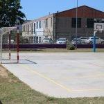 El pati de l'escola del Cros d'Argentona torna a reobrir portes fora de l'horari lectiu