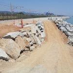 Últims treballs a Cabrera de Mar, en el reforç de la plataforma ferroviària