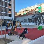 Badalona s'obre a la ciutadania la nova plaça de Josep Vergés i Vallmajor